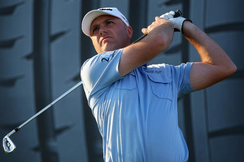 ABU DHABI, UNITED ARAB EMIRATES - JANUARY 16:  Graeme Storm of England tees off on the 15th hole during the second round of The Abu Dhabi Golf Championship at Abu Dhabi Golf Club on January 16, 2009 in Abu Dhabi, United Arab Emirates.  (Photo by Andrew Redington/Getty Images)