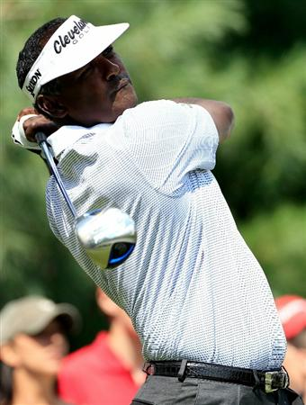 NORTON, MA - SEPTEMBER 05:  Vijay Singh of Fiji tees off on the sixth hole during the third round of the Deutsche Bank Championship at TPC Boston on September 5, 2010 in Norton, Massachusetts.  (Photo by Michael Cohen/Getty Images)