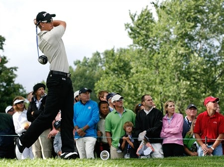 BLOOMFIELD HILLS, MI - AUGUST 10:  Henrik Stenson of Sweden plays his tee shot on the 12th hole during the final round of the 90th PGA Championship at Oakland Hills Country Club on August 10, 2008 in Bloomfield Township, Michigan.  (Photo by Hunter Martin/Getty Images)