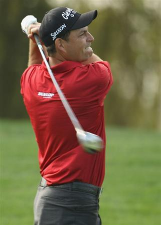 DUBAI, UNITED ARAB EMIRATES - FEBRUARY 10:  David Howell of England in action during the first round of the 2011 Omega Dubai Desert Classic held on the Majilis Course at the Emirates Golf Club on February 10, 2011 in Dubai, United Arab Emirates.  (Photo by Ian Walton/Getty Images)