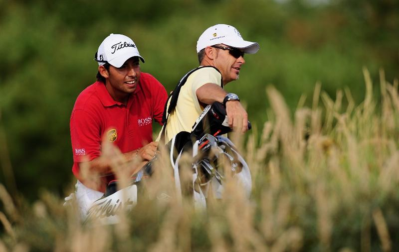 ZANDVOORT, NETHERLANDS - AUGUST 19:  Pablo Larrazabal of Spain and caddie Rod Gutry during the pro - am of The KLM Open at Kennemer Golf & Country Club on August 19, 2009 in Zandvoort, Netherlands.  (Photo by Stuart Franklin/Getty Images)
