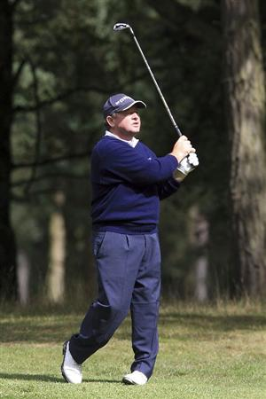 WOBURN, ENGLAND - SEPTEMBER 04:  Ian Woosnam of Wales in action during the first round of the Travis Perkins plc Senior Masters played at the Duke's Course, Woburn Golf Club on September 4, 2009 in Woburn, United Kingdom  (Photo by Phil Inglis/Getty Images)