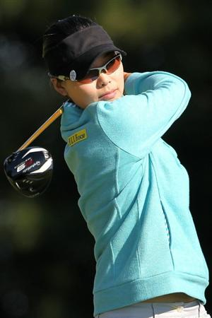 SHIMA, JAPAN - NOVEMBER 05:  Yoo Sun-young of South Korea plays a tee shot on the 13th hole during round one of the Mizuno Classic at Kintetsu Kashikojima Country Club on November 5, 2010 in Shima, Mie, Japan.  (Photo by Kiyoshi Ota/Getty Images)