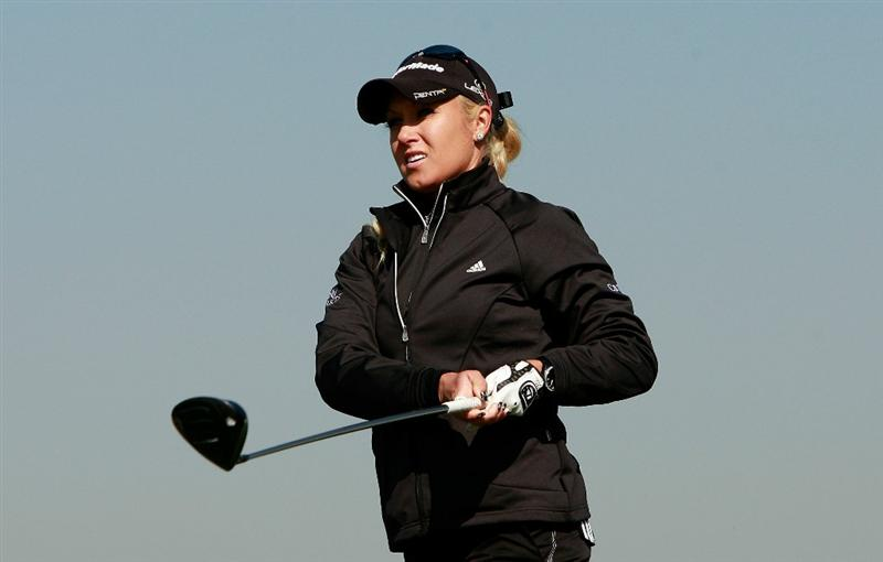 INCHEON, SOUTH KOREA - OCTOBER 29:  Natalie Gulbis of Unites States hits a tee shot on the 13th hole during the 2010 LPGA Hana Bank Championship at Sky 72 golf club on October 29, 2010 in Incheon, South Korea.  (Photo by Chung Sung-Jun/Getty Images)