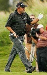 Angel Cabrera waves to the gallery during the second round of the Mercedes-Benz Championship at the Plantation Course at Kapalua on January 4, 2008 in Kapalua, Maui, Hawaii. PGA TOUR - 2008 Mercedes-Benz Championship - Second RoundPhoto by Stan Badz/PGA TOUR/WireImage.com