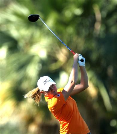 RANCHO MIRAGE,CA - APRIL 1:  Stacy Lewis hits her tee shot on the sixth hole during the second round of the Kraft Nabisco Championship at Mission Hills Country Club on April 1, 2011 in Rancho Mirage, California.  (Photo by Stephen Dunn/Getty Images)