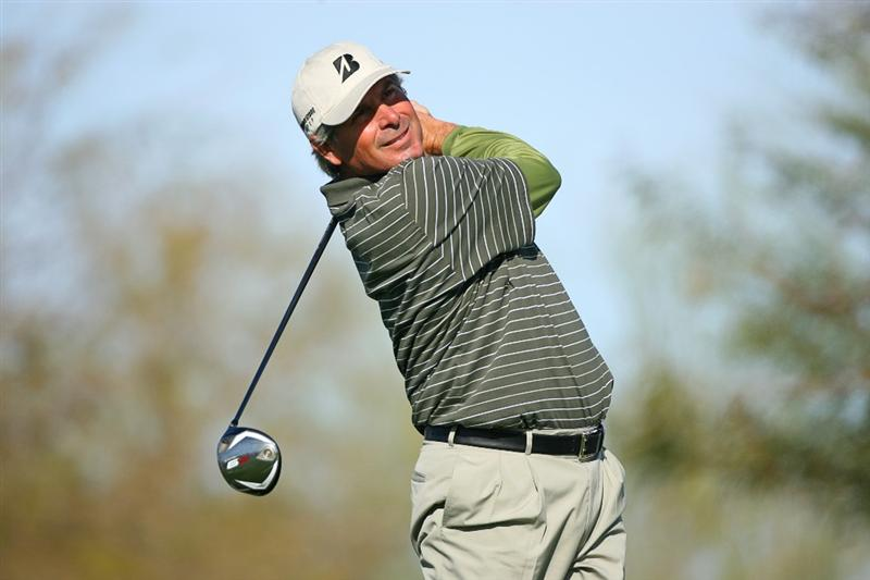 SCOTTSDALE, AZ - FEBRUARY 26: Fred Couples hits his tee shot on the ninth hole during the second round of the Waste Management Phoenix Open at TPC Scottsdale on February 26, 2010 in Scottsdale, Arizona. (Photo by Hunter Martin/Getty Images)