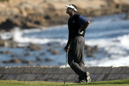 PEBBLE BEACH, CA - FEBRUARY 10:  Vijay Singh of Fiji waits to hit on the 18th hole during the final round of the AT&T Pebble Beach National Pro-Am on Pebble Beach Golf Links on February 10, 2008 in Pebble Beach. California.  (Photo by Stephen Dunn/Getty Images)
