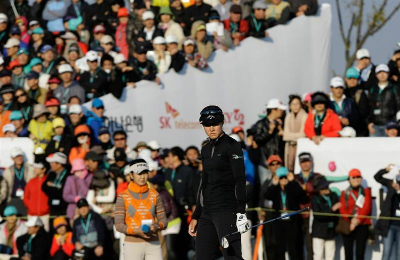 INCHEON, SOUTH KOREA - OCTOBER 31:  Vicky Hurst of United States on the 18th hole Choi during the final round of the 2010 LPGA Hana Bank Championship at Sky 72 Golf Club on October 31, 2010 in Incheon, South Korea.  (Photo by Chung Sung-Jun/Getty Images)
