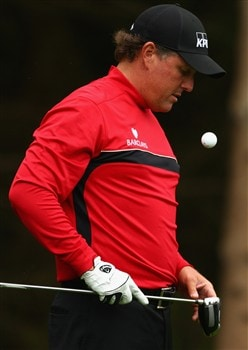 LUSS, UNITED KINGDOM - JULY 10:  Phil Mickelson of USA bounces his ball during the First Round of The Barclays Scottish Open at Loch Lomond Golf Club on July 10, 2008 in Luss, Scotland.  (Photo by Richard Heathcote/Getty Images)