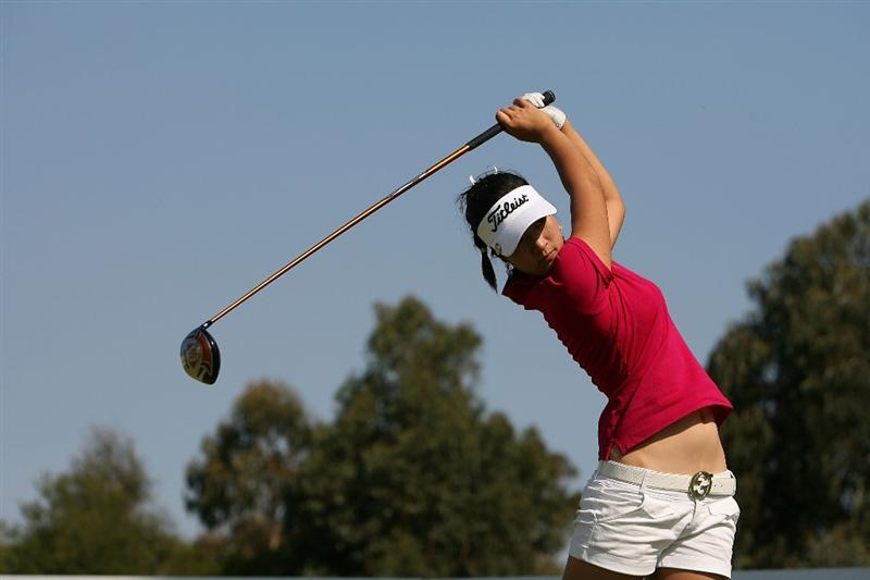 MELBOURNE, AUSTRALIA - FEBRUARY 14:  Justine Lee of Australia tees off on the 16th hole during day three of the 2009 Women`s Australian Open held at the Metropolitan Golf Club February 14, 2009 in Melbourne, Australia.  (Photo by Robert Prezioso/Getty Images)