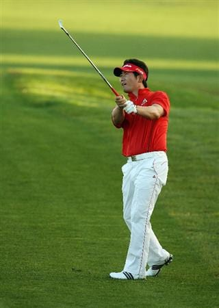 PALM BEACH GARDENS, FL - MARCH 07:  Y.E. Yang hits his approach shot on the 18th hole during the third round of The Honda Classic at PGA National Resort and Spa on March 7, 2009 in Palm Beach Gardens, Florida.  (Photo by Doug Benc/Getty Images)