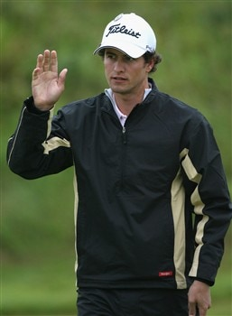 SOUTHPORT, UNITED KINGDOM - JULY 18:  Adam Scott of Australia waves to the gallery during the second round of the 137th Open Championship on July 18, 2008 at Royal Birkdale Golf Club, Southport, England.  (Photo by Andy Lyons/Getty Images)