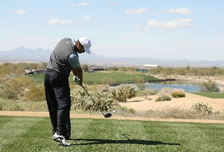 MARANA, AZ - FEBRUARY 21:  Tiger Woods hits his tee shot on the foufth hole during the second round matches of the WGC-Accenture Match Play Championship at The Gallery at Dove Mountain on February 21, 2008 in Marana, Arizona.  (Photo by Scott Halleran/Getty Images)