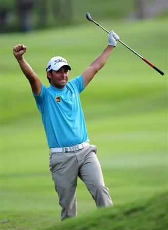 HONG KONG - NOVEMBER 11:  Pablo Larrazabal of Spain reacts to a shot during the pro - am of the UBS Hong Kong Open at the Hong Kong Golf Club on November 11, 2009 in Fanling, Hong Kong.  (Photo by Stuart Franklin/Getty Images)