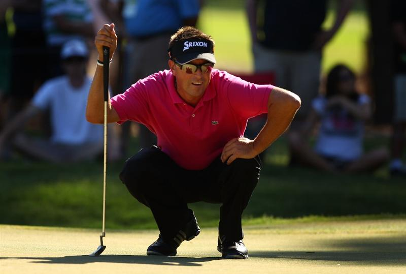 PONTE VEDRA BEACH, FL - MAY 09:  Robert Allenby of Australia lines up his putt on the 12th green during the final round of THE PLAYERS Championship held at THE PLAYERS Stadium course at TPC Sawgrass on May 9, 2010 in Ponte Vedra Beach, Florida.  (Photo by Richard Heathcote/Getty Images)