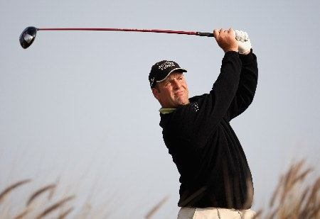 DOHA, QATAR - JANUARY 24:  John Bickerton of England on the par four 16th hole during the first round of the Commercial Bank Qatar Masters held at the Doha Golf Club on January 24, 2008 in Doha,Qatar.  (Photo by Ross Kinnaird/Getty Images)