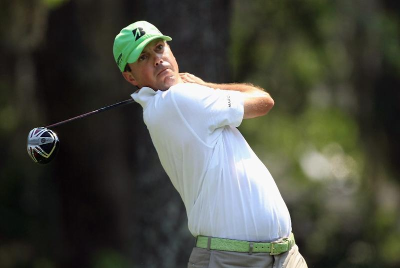 HILTON HEAD ISLAND, SC - APRIL 21:  Matt Kuchar hits his tee shot on the 8th hole during the first round of The Heritage at Harbour Town Golf Links on April 21, 2011 in Hilton Head Island, South Carolina.  (Photo by Streeter Lecka/Getty Images)