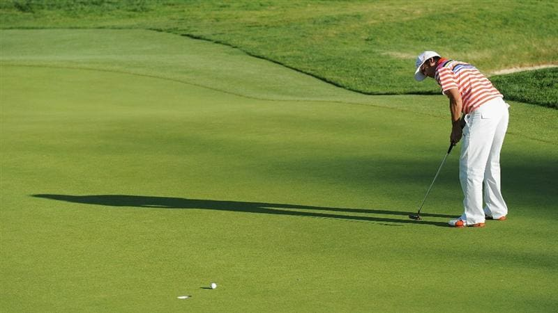 PACIFIC PALISADES, CA - FEBRUARY 17:  Rickie Fowler putting on the second hole during the first round of the Northern Trust Open at Riviera Country Club on February 17, 2011 in Pacific Palisades, California.  (Photo by Stuart Franklin/Getty Images)
