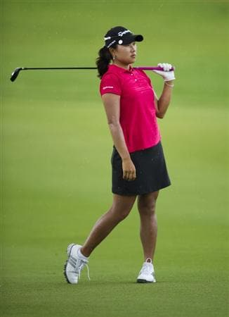 CHON BURI, THAILAND - FEBRUARY 20:  Lee Seon Hwa of South Korea reacts to her approach shot on the 5th hole during round three of the Honda PTT LPGA Thailand at Siam Country Club on February 20, 2010 in Chon Buri, Thailand.  (Photo by Victor Fraile/Getty Images)