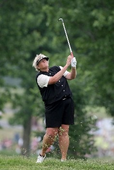 HAVRE DE GRACE, MD - JUNE 10:  Laura Davies of England hits her second shot at the par 4, 1st hole during the final round of the 2007 McDonald's LPGA Championship on June 10, 2007 at Bulle Rock Golf Course in Havre de Grace, Maryland.  (Photo by David Cannon/Getty Images)