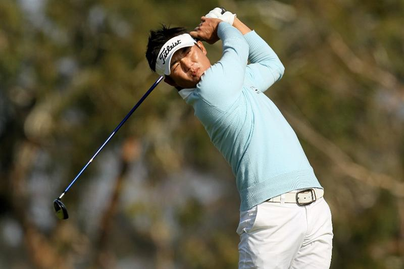 LA JOLLA, CA - JANUARY 31:  Ryuji Imada of Japan hits his his tee shot on the second hole on the South Course at Torrey Pines Golf Course during the final round of the Farmers Insurance Open on January 31, 2010 in La Jolla, California.  (Photo by Stephen Dunn/Getty Images)