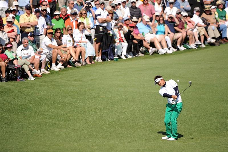 AUGUSTA, GA - APRIL 09:  Ryuji Imada of Japan hits a shot on the second hole during the first round of the 2009 Masters Tournament at Augusta National Golf Club on April 9, 2009 in Augusta, Georgia.  (Photo by Harry How/Getty Images)