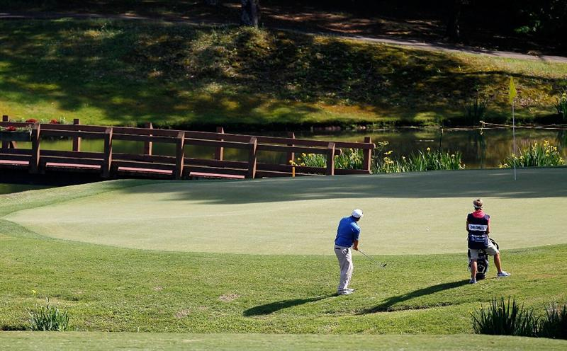 ATHENS, GA - APRIL 29:  John Kimbell chips onto the 13th green during the first round of the 2010 Stadion Athens Classic at the University of Georgia Golf Course on April 29, 2010 in Athens, Georgia.  (Photo by Kevin C. Cox/Getty Images)