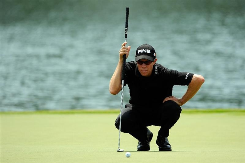 PONTE VEDRA BEACH, FL - MAY 07:  Nick O'Hern of Australia lines up a putt on the 18th green during the first round of THE PLAYERS Championship on THE PLAYERS Stadium Course at TPC Sawgrass on May 7, 2009 in Ponte Vedra Beach, Florida.  (Photo by Sam Greenwood/Getty Images)