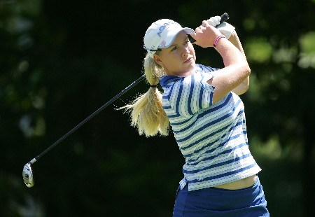 EVIAN, FRANCE - JULY 28:  Brittany Lincicome of the USA hits her tee shot on the 3rd hole during the third round of The Evian Masters on July 28, 2007 in Evian, France.  (Photo by Andy Lyons/Getty Images)