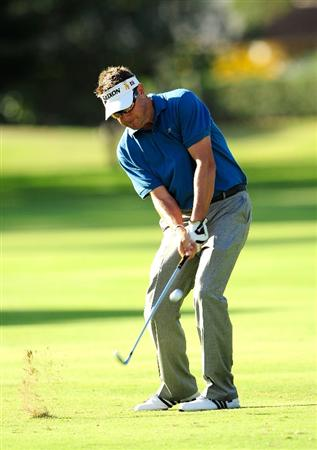 HONOLULU, HI - JANUARY 16:  Robert Allenby of Australia plays a shot on the 15th hole during the third round of the Sony Open at Waialae Country Club on January 16, 2010 in Honolulu, Hawaii.  (Photo by Sam Greenwood/Getty Images)