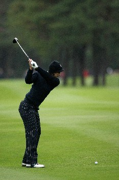 HALMSTAD, SWEDEN - SEPTEMBER 14:  Laura Diaz hits her second shot on the 5th during the morning foursomes at the Solheim Cup at Halmstad Golf Club on September 14, 2007 in Halmstad, Sweden.  (Photo by Jonathan Ferrey/Getty Images)