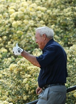 AUGUSTA, GA - APRIL 09:  Arnold Palmer waves during the Par 3 Contest prior to the start of the 2008 Masters Tournament at Augusta National Golf Club on April 9, 2008 in Augusta, Georgia.  (Photo by David Cannon/Getty Images)
