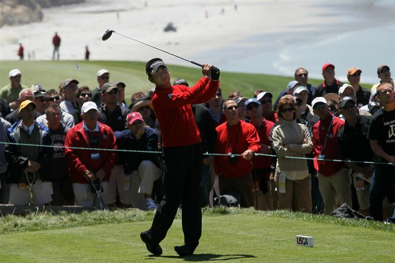 PEBBLE BEACH, CA - JUNE 17:  Yuta Ikeda of Japan hits a tee shot on the 14th hole during the first round of the 110th U.S. Open at Pebble Beach Golf Links on June 17, 2010 in Pebble Beach, California.  (Photo by Stephen Dunn/Getty Images)