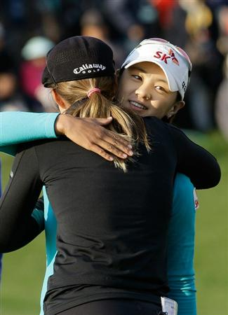 INCHEON, SOUTH KOREA - OCTOBER 31:  Choi Na-Yeon of South Korea hugs with Vicky Hurst of United States after won the tournament during the final round of the 2010 LPGA Hana Bank Championship at Sky 72 Golf Club on October 31, 2010 in Incheon, South Korea.  (Photo by Chung Sung-Jun/Getty Images)