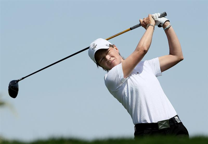 RANCHO MIRAGE, CA - APRIL 03:  Catriona Matthew of Scotland hits her tee shot on the 11th hole during the third round of the Kraft Nabisco Championship at Mission Hills Country Club on April 3, 2010 in Rancho Mirage, California.  (Photo by Stephen Dunn/Getty Images)