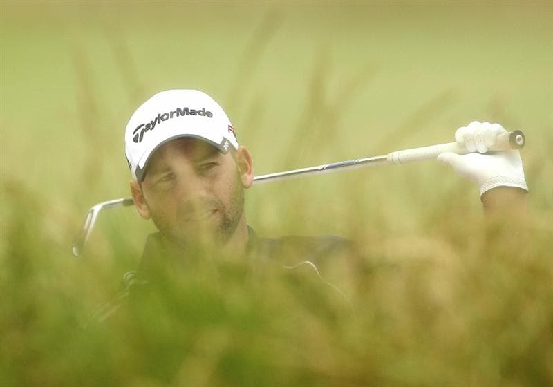 MELBOURNE, AUSTRALIA - NOVEMBER 11:  Sergio Garcia of Spain plays a shot out of the bunker during day one of the Australian Masters at The Victoria Golf Club on November 11, 2010 in Melbourne, Australia.  (Photo by Lucas Dawson/Getty Images)