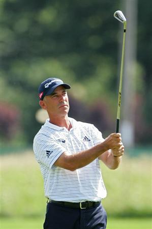 CROMWELL, CT - JUNE 25:  Corey Pavin watches his shot during the second round of the Travelers Championship held at TPC River Highlands on June 25, 2010 in Cromwell, Connecticut.  (Photo by Michael Cohen/Getty Images)
