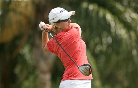REUNION, FLORIDA - APRIL 17:  Karrie Webb of Australia watches her tee shot on the 18th hole during the first round of the Ginn Open at Reunion Resort April 17, 2008 in Reunion, Florida.  (Photo by Scott Halleran/Getty Images)