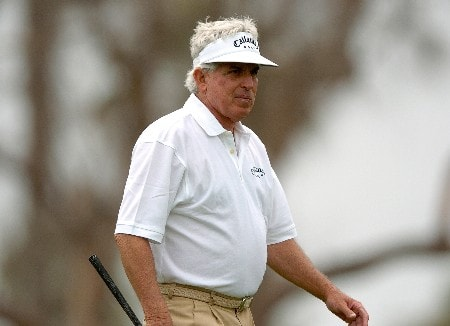 Dave Eichelberger tees off on the third hole during the second round of the Champions' Tour 2005 Toshiba Senior Classic at  the Newport Beach Country Club in Newport Beach, California March 19, 2005.