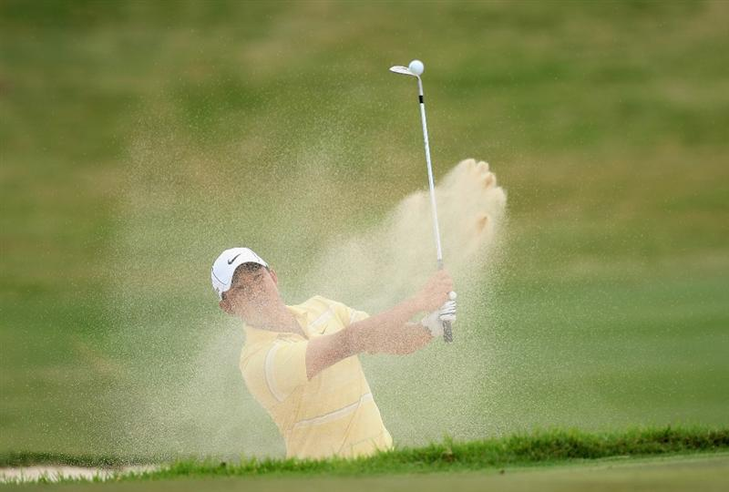 PERTH, AUSTRALIA - FEBRUARY 21: Anthony Kim of the USA hits his third shot at the 17th hole during the third round of the 2009 Johnnie Walker Classic tournament at the Vines Resort and Country Club, on February 21, 2009, in Perth, Australia  (Photo by David Cannon/Getty Images)