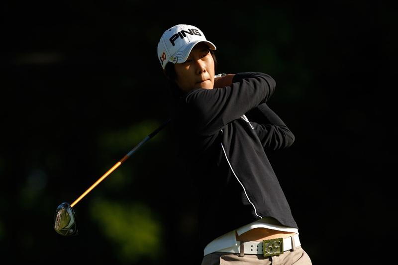 BETHLEHEM, PA - JULY 09:  Song-Hee Kim of South Korea watches her tee shot on the 2nd hole during the first round of the 2009 U.S. Women's Open at Saucon Valley Country Club on July 9, 2009 in Bethlehem, Pennsylvania.  (Photo by Streeter Lecka/Getty Images)