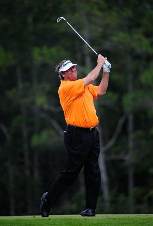 PALM COAST, FL - OCTOBER 31:  Steve Lowery plays a shot on the 12th hole during the second round of the Ginn sur Mer Classic at the Conservatory Golf Club on October 31, 2008 in Palm Coast, Florida.  (Photo by Sam Greenwood/Getty Images)
