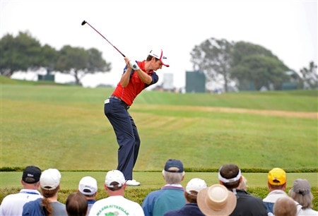 SAN DIEGO - JUNE 13:  Justin Rose of England hits a tee shot on the second hole during the second round of the 108th U.S. Open at the Torrey Pines Golf Course (South Course) on June 13, 2008 in San Diego, California.  (Photo by Harry How/Getty Images)