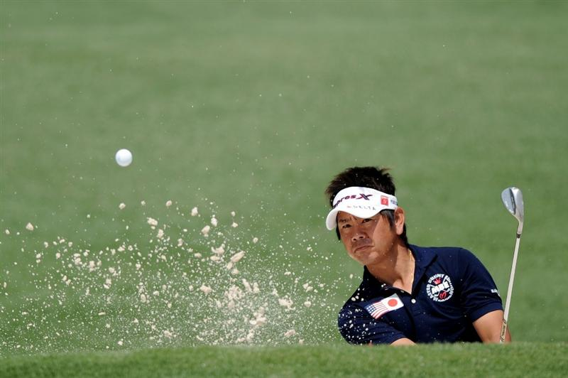 AUGUSTA, GA - APRIL 08:  Hiroyuki Fujita of Japan  plays a bunker shot on the second hole during the second round of the 2011 Masters Tournament at Augusta National Golf Club on April 8, 2011 in Augusta, Georgia.  (Photo by Harry How/Getty Images)