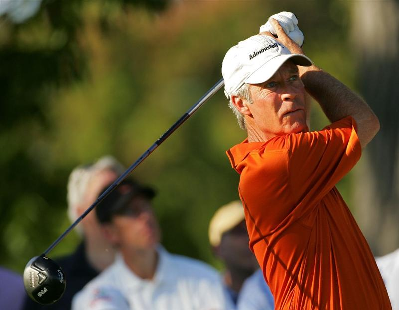 TIMONIUM, MD - OCTOBER 11:  Ben Crenshaw hits his driveon the 14th hole during the third round of the Constellation Energy Senior Players Championship at Baltimore Country Club East Course held on October 11, 2008 in Timonium, Maryland  (Photo by Michael Cohen/Getty Images)
