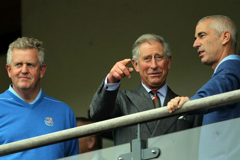 NEWPORT, WALES - SEPTEMBER 29:  Prince Charles, Prince of Wales chats with Ryder Cup Captains Colin Montgomerie of Europe and Corey Pavin (R) of the USA during a practice round prior to the 2010 Ryder Cup at the Celtic Manor Resort on September 29, 2010 in Newport, Wales. (Photo by Jamie Squire/Getty Images)