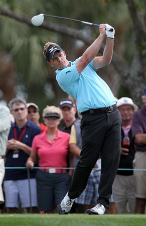 PALM BEACH GARDENS, FL - MARCH 03:  Luke Donald of England plays a shot on the 4th hole during the first round of The Honda Classic at PGA National Resort and Spa on March 3, 2011 in Palm Beach Gardens, Florida.  (Photo by Sam Greenwood/Getty Images)