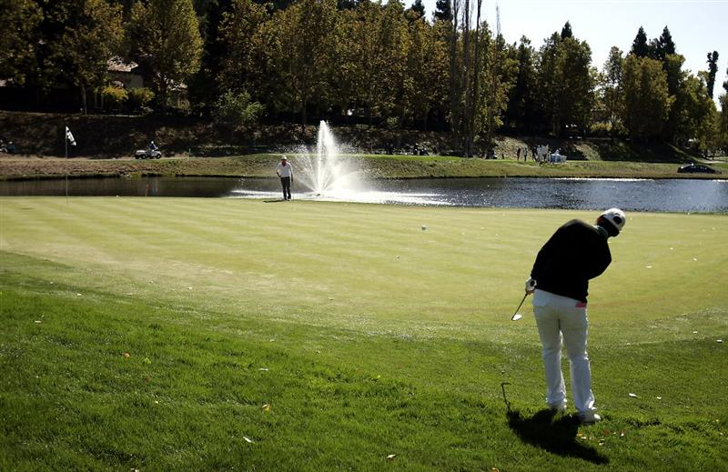 DANVILLE, CA - OCTOBER 12: Yani Tseng of Taiwan chips onto the 7th green during the final round of the LPGA Longs Drugs Challenge at the Blackhawk Country Club October 12, 2008 in Danville, California. (Photo by Max Morse/Getty Images)