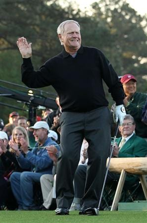 AUGUSTA, GA - APRIL 07:  Jack Nicklaus watches the ceremonial first tee shot to start the first round of the 2011 Masters Tournament at Augusta National Golf Club on April 7, 2011 in Augusta, Georgia.  (Photo by Andrew Redington/Getty Images)